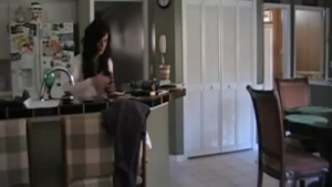 Mature redhead mom gets laundry done on her bellyby her young step daughter